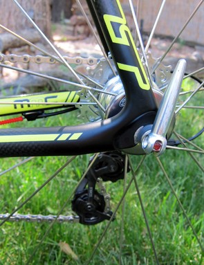 Ryan Trebon's (LTS Felt) Felt F1X frame doesn't have rear disc brake tabs. Felt say they're holding off on bringing the disc version to market until better brakes are available