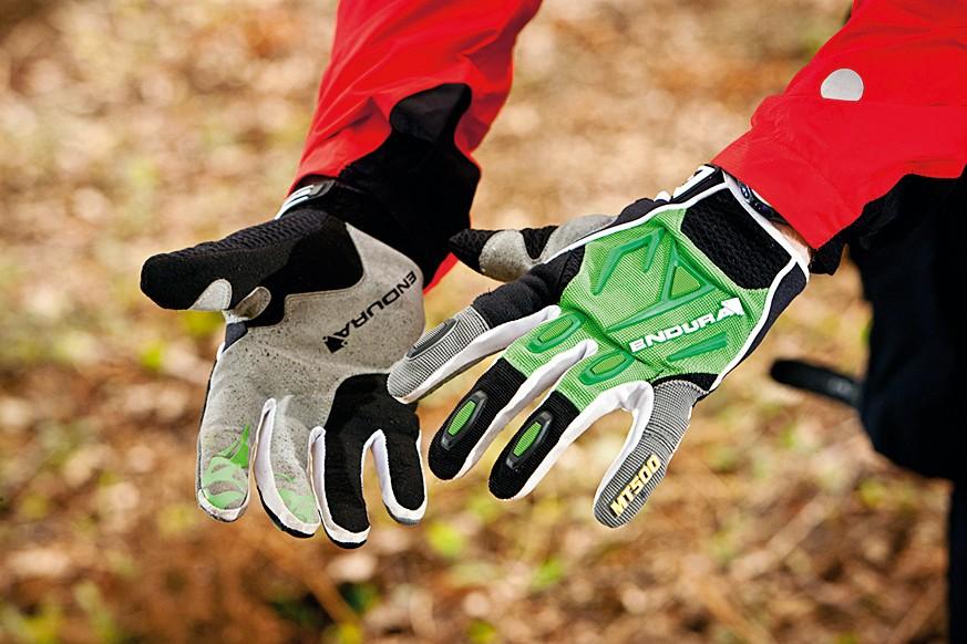 Endura MT500 gloves