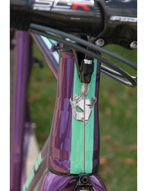 Stoemper externally butts certain tubes, including the head tube and seat tube