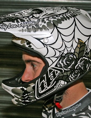 MBUK's Rob Weaver models the new Troy Lee Designs D2 Voodoo White