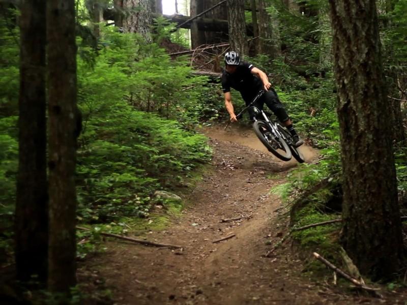 The Coastal Crew put two Scott bikes through their paces in their latest vids