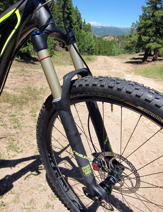 The RockShox Revelation RL 29 provides 140mm of well controlled and predictable travel