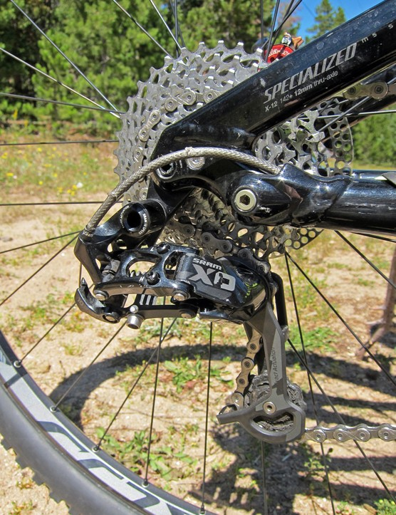 Specialized's product managers have specced a range of SRAM drivetrain components for the Stumpjumper FSR Expert EVO 29, highlighted by a mid-cage X0 rear derailleur