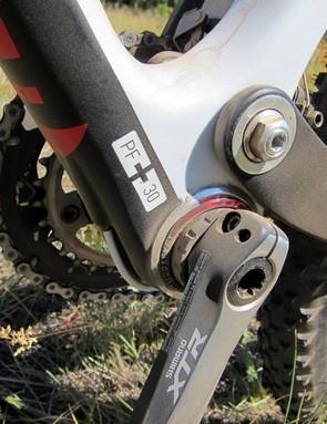 Focus use a PressFit 30 bottom bracket on the FSL 2.0