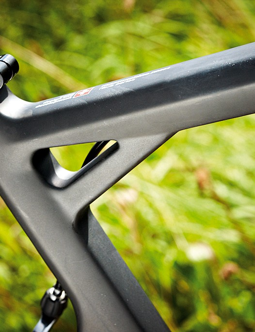 The large expanse of unsupported seatpost means comfortable flex