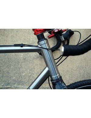 The slack, 72-degree head tube on the Qoroz Cyclo-cross Won