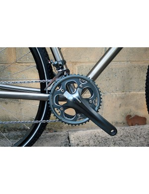 Shimano's 'cross-specific CX70 chainset (48/36T) on the Qoroz Cyclo-cross Won