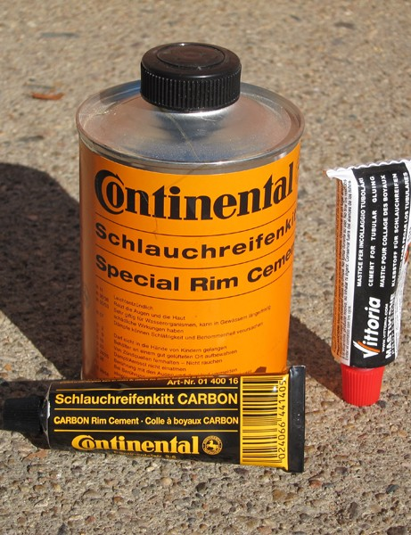 According to Howat's research, Vittoria Mastk One provides the strongest bond between tire and rim, followed closely by Continental's standard formula. Continental recently introduced a special cement specifically for use with carbon fiber rims