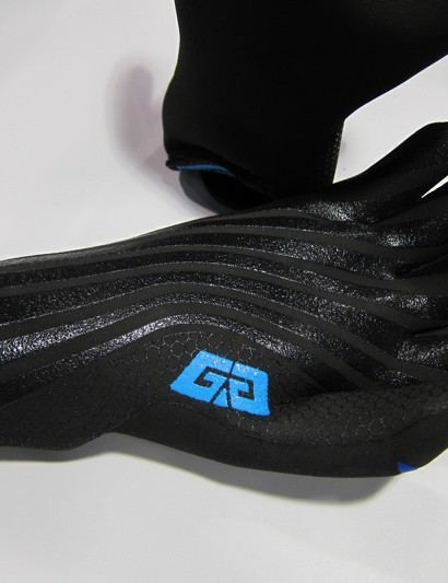 The palm of Glacier Glove's new cyclo-cross model features silicone gripper strips