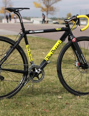 Van Dessel's latest Gin & Trombones; we equipped ours with discs