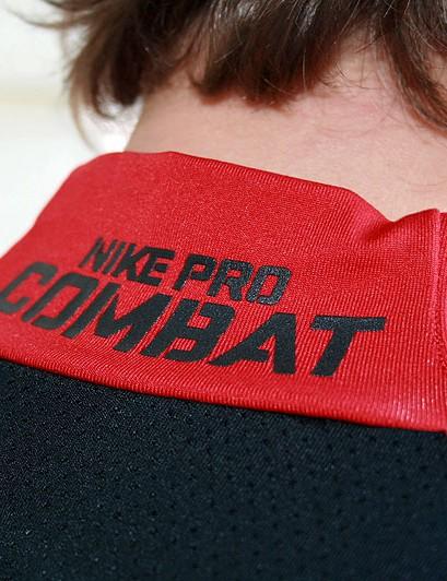 Nike Pro Combat Hyperwarm Shield Mock