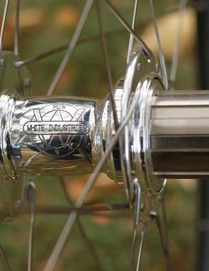 White Industries MI6 with a titanium freehub