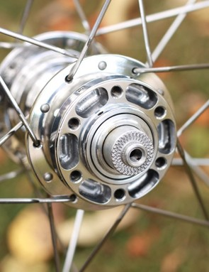 There's still a lot of material in these hubs, which make up a part of the wheelset's 1,531g weight