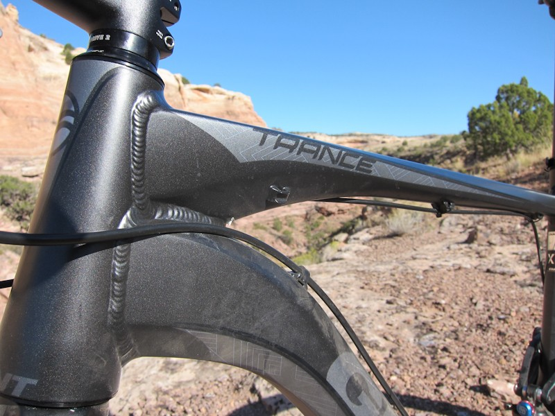 A tapered head tube and hydroformed tubes do their share to add front-end stiffness