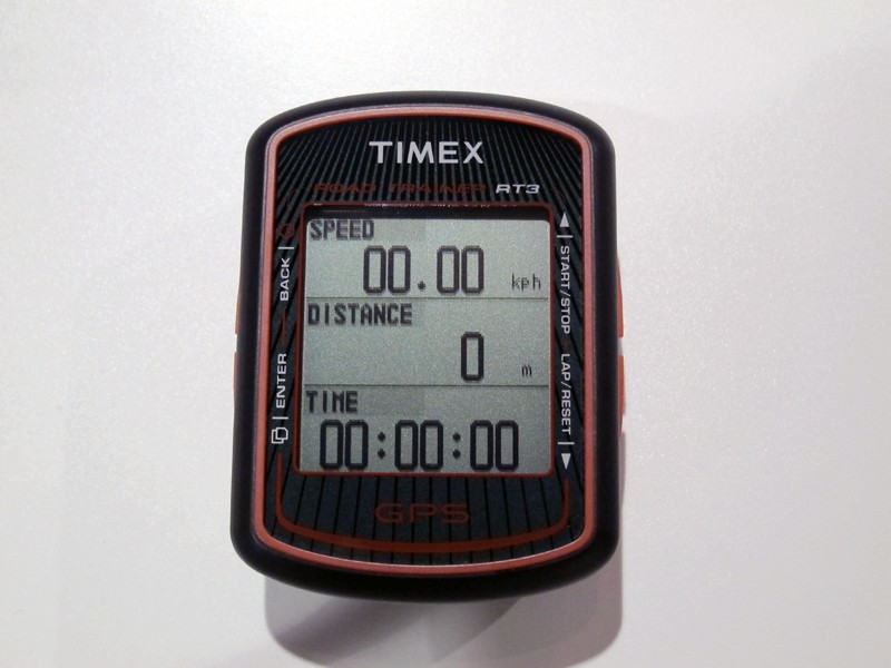 Timex's new RT3 GPS cycling computer is touted as a direct competitor to the Garmin Edge 500 with a very similar form factor and feature set