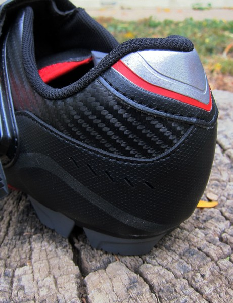 The basic heel construction on the Shimano SH-XC50N shoes is simple but fits well