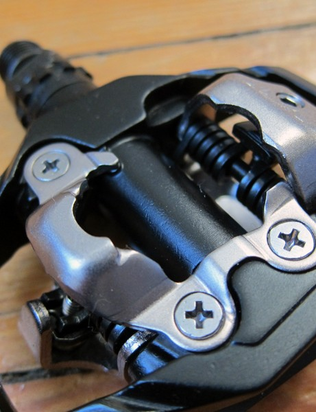 Shimano use their long-running and very well proven SPD binding mechanism for their new PD-M530 trail pedals