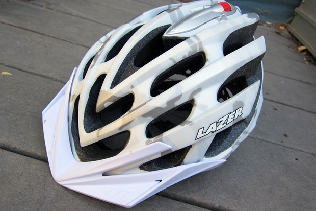 Lazer's top-end Nirvana mountain bike helmet gets a slight upgrade for 2012
