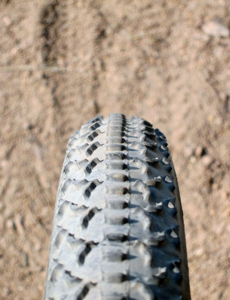 The Challenge MTB One sports a nearly perfectly round cross-section typical of tubulars. The tread flattens out significantly when the tire is run at typically low pressures but drift characteristics are still predictable and consistent on hardpack