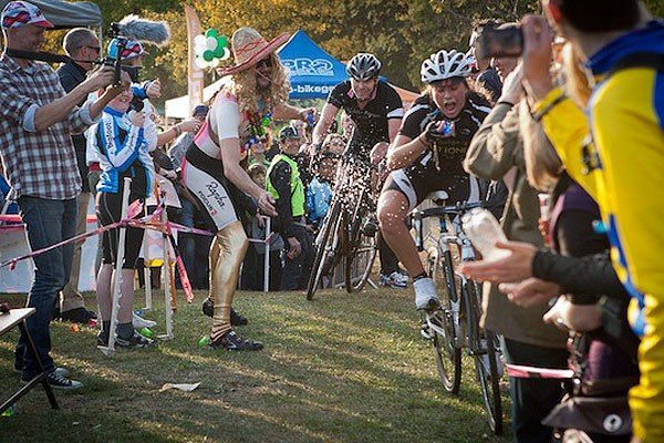 It didn't pay to take yourself too seriously at the Rapha Super Cross Series