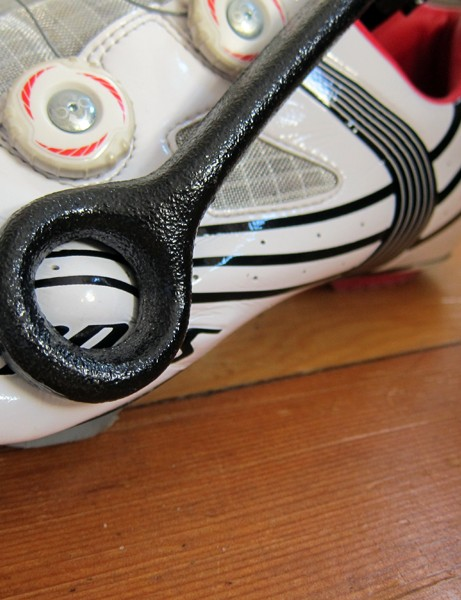 Using the Shoe Stretcher is easy - simply insert the ball end into the shoe, locate the ring over the area to stretch, then clamp the tool down and let it set overnight