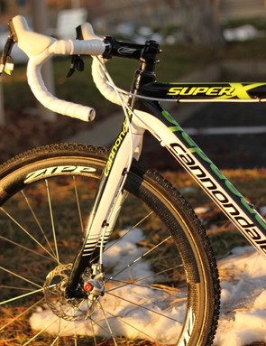 Zipp built up a number of custom wheelsets for the Cannondale-cyclocrossworld.com team, this particular set uses the standard 303 tubular rim, drilled for 24 spokes and laced cross 2 to White Industries' MI6 disc hubs