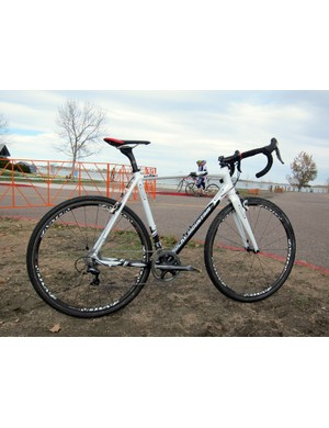 Geoff Kabush (Maxxis-Rocky Mountain) is racing this season on a prototype carbon 'cross chassis