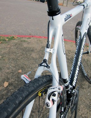 Geoff Kabush's (Maxxis-Rocky Mountain) team-only frame feature split seatstays