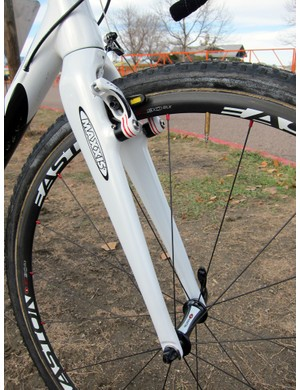 Rocky Mountain include a tapered carbon fork with Geoff Kabush's team-only carbon frame