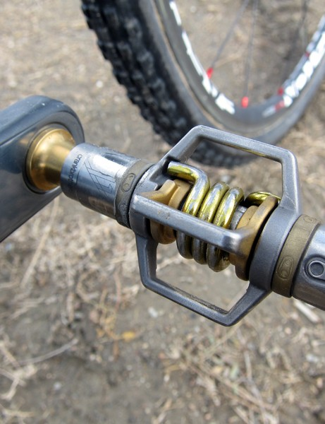 Geoff Kabush (Maxxis-Rocky Mountain) had CrankBrothers' Eggbeater 11 pedals on his 'A' bike but as he only had one pair, his 'B' bike had last year's model installed