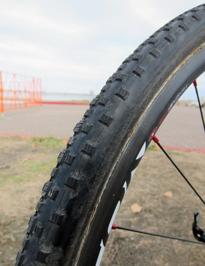 Geoff Kabush (Maxxis-Rocky Mountain) races on custom Dugast tubulars covered in Maxxis treads. He uses the Raze for most days