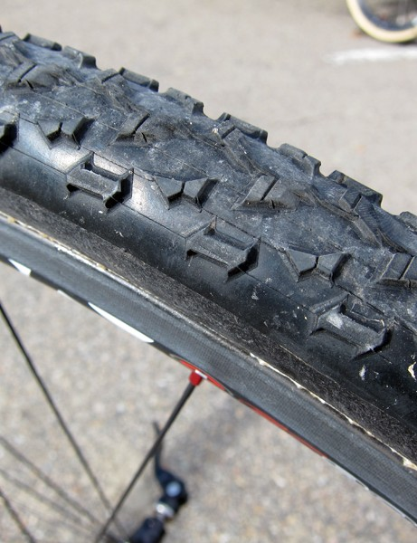 Muddier courses call for Geoff Kabush's (Maxxis-Rocky Mountain) custom Maxxis Mud Wrestler tubulars, built by Dugast on to the company's ultra-supple cotton casing