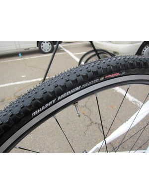 According to Stan's NoTubes Elite Cyclocross Team rider Jake Wells, the Alpha 340 rims' shorter bead hook lets the tires balloon out a bit more than typical. However, the Kenda Happy Medium tires' pronounced side knobs can occasionally fall afoul of race officials