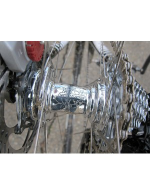 Tim Johnson's (Cannondale-Cyclocrossworld.com) custom Zipp wheels were built around White Industries MI6 hubs