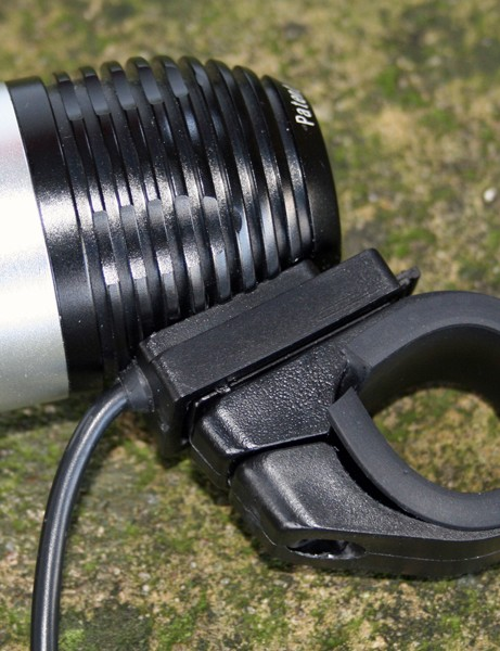 Magiclight's handlebar mount replaces the O-ring that comes with Magicshine lights