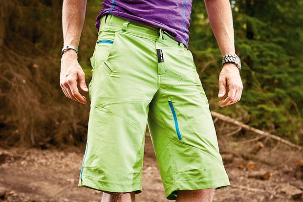Bionicon Forest Softshell baggy short