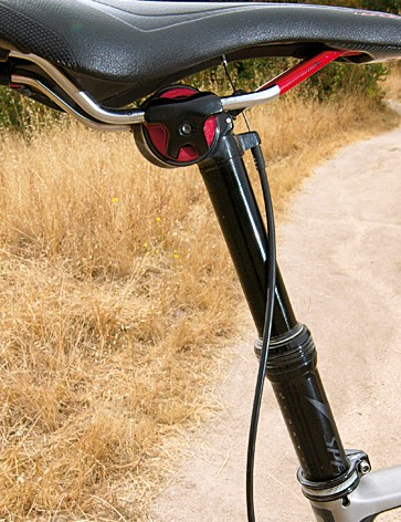Command remote adjustable seat post is handy in everyday trail use