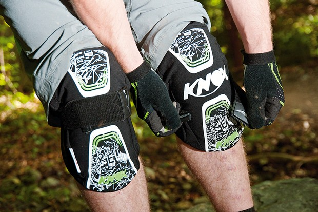 Knox Cross Lite knee pads
