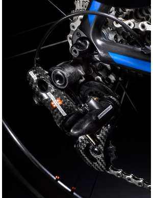 The electronic version of Campagnolo's Multi-Shifting technology now allows a rider to shift all 11 cogs (up or down) with a single lever action. Campagnolo say it takes 1.5 seconds to complete the 11-cog sweep (downwards, to smallest cog)