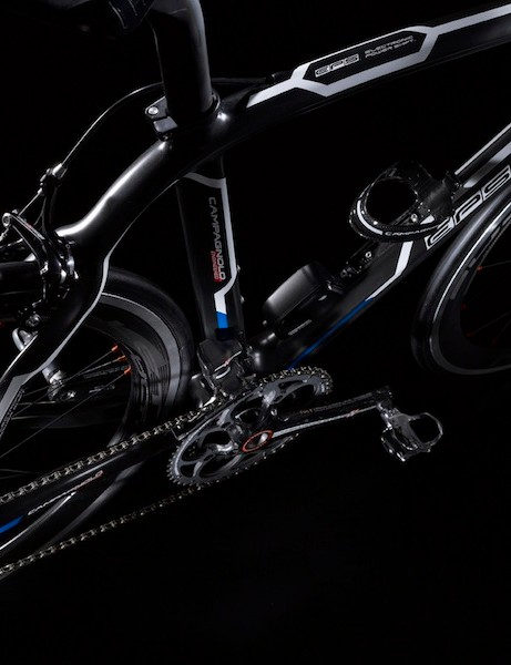 The two new EPS groups rely on the current mechanical groups' brakes, cranks and wheels