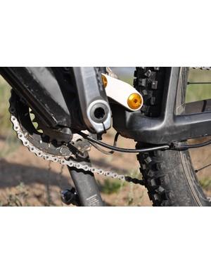 BMC Trailfox TF01 - bottom bracket cable routing
