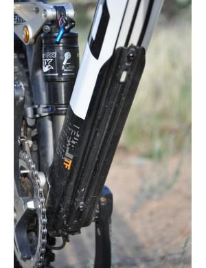 BMC Trailfox TF01 - down tube guard
