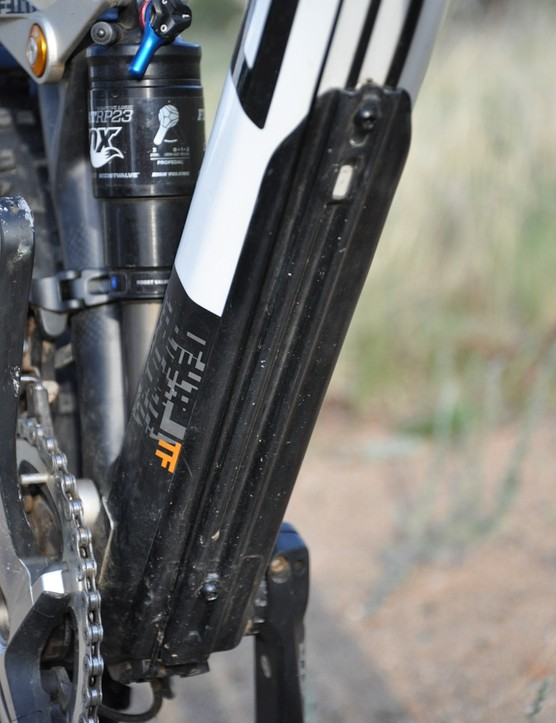 BMC Trailfox TF01 - down tube guard