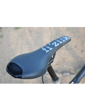 BMC Trailfox TF01 - Fizik Tundra 2 saddle