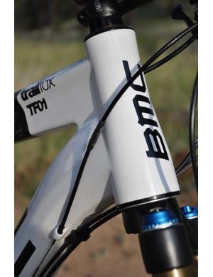 BMC Trailfox TF01 - head tube