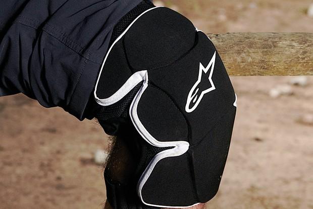 Alpinestars Morzine 2011 knee pads