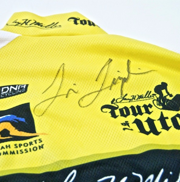 Leipheimer signed the jersey, which will benefit the Stiller Foundation