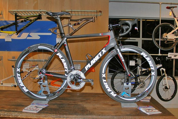 Planet X's N2A – the top dog in their 2012 bike range