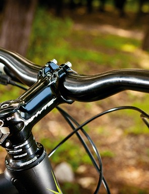 Whyte own brand bar and stem finish things off to a high standard