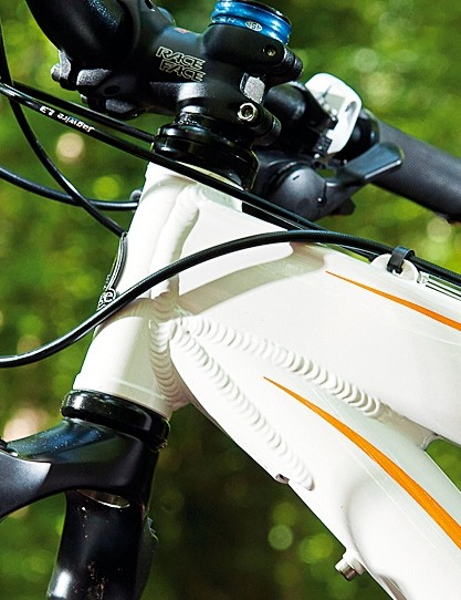 The Diva's alu frame design offers perfect balance of stiffness, strength and compliance
